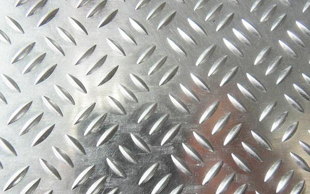 花纹铝板在潮湿环境中有什么用处
