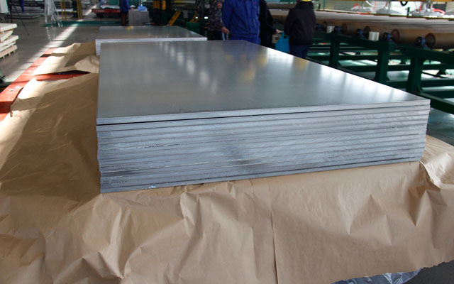 导致5052铝板表面被划伤的因素